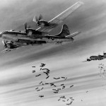 Aerei Alleati bombardano