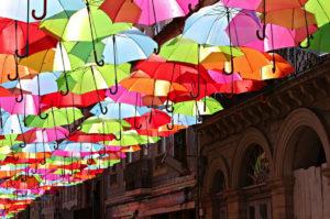 ombrelli-parapioggia-colorati