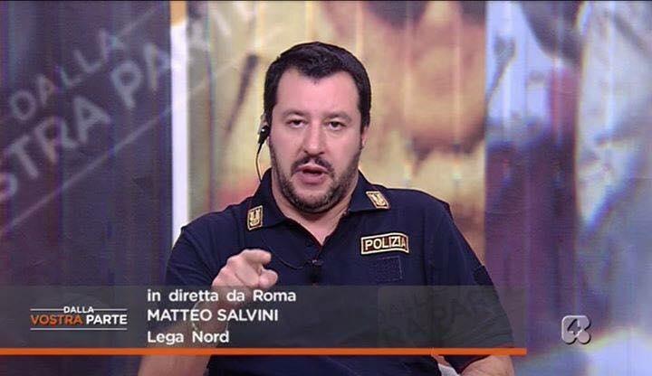 Matteo Salvini poliziotto